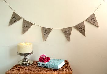 Vintage Style 'Mr & Mrs' Hessian Bunting