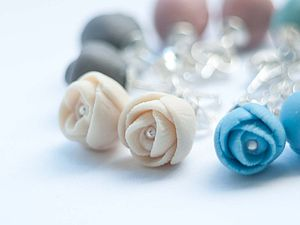 El Paso Peony Porcelain Silver Stud Earrings