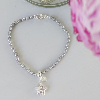 Rice Pearl Bracelet With Hammered Star Charm