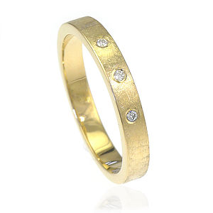 Diamond Wedding Ring In Textured 18ct Gold