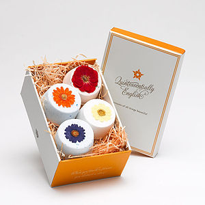 Flower Fizzy Gift Box - bathroom