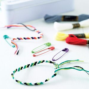 Friendship Bracelet Kit - best gifts for little girls