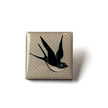 Swallow Design Button Brooch