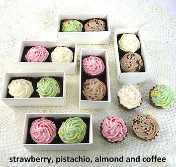 10 Cupcake Shaped Chocolate Favours
