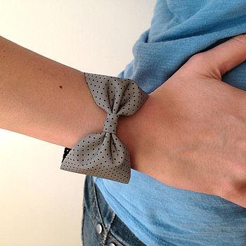 Reflective Bow Wristband