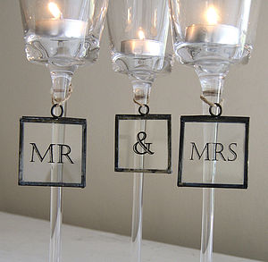 'Mr & Mrs' Vintage Style Signs - table decorations