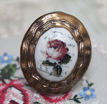 Porcelain Contoured Rose Cameo Ring