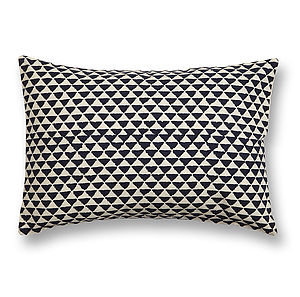 Juna Cotton Cushion Cover - treats for you