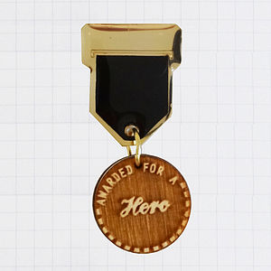 'Hero' Champ Badge Brooch