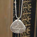 Thumb engraved message tag