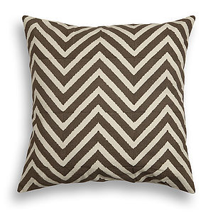 Delwara Chevron Cotton Cushion Cover - living room