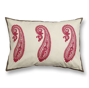 Kashmir Paisley Cushion Cover - bedroom