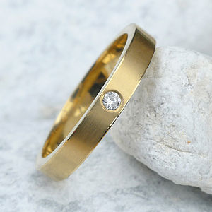 Diamond Wedding Ring In 18ct Gold - rings