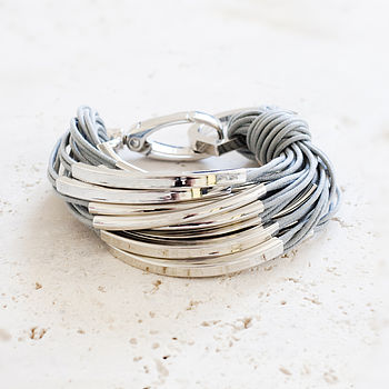 Katia silver and grey thread bracelet