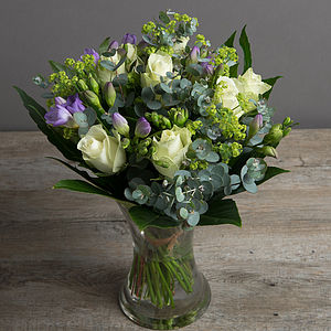 Scented Rose And Freesia Fresh Flowers Bouquet