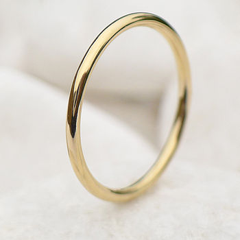 Slim Halo Wedding Ring In 18ct Gold
