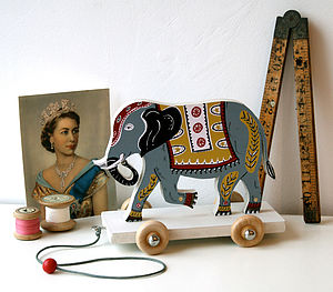 Edward The Elephant Pull Along On Wheels - decorative accessories