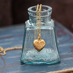 Gold Vintage Style Heart Necklace