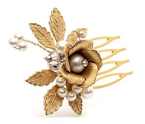 Sissinghurst Gold Rose Hair Comb - hair accessories
