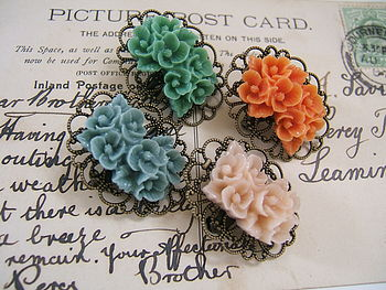 Vintage Style Blossom Pin