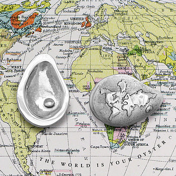 Silver 'World Is Your Oyster' Keepsake Charm