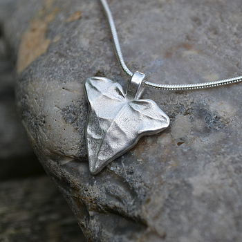 Handmade Silver Ivy Necklace