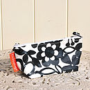 Make Up Bag / Boy's And Girl's Wash Bag