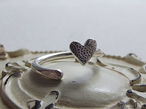 Silver Textured Heart Toe Ring - rings