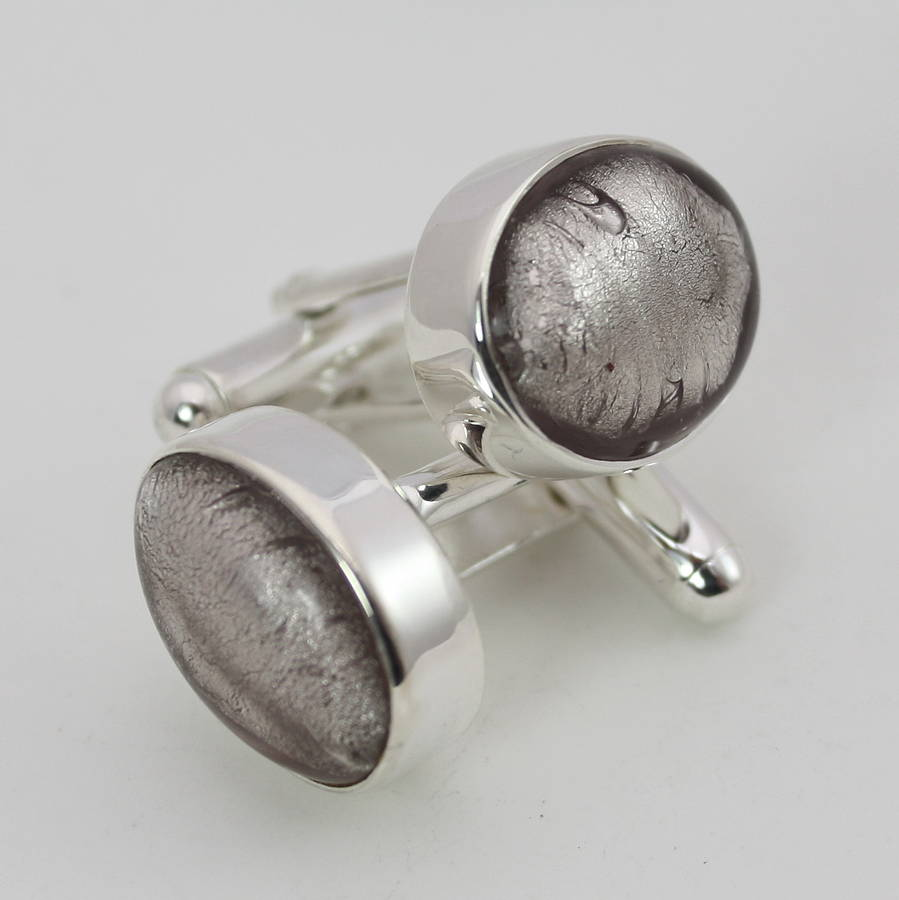 Ask Manolo: Quirky Cuff Links
