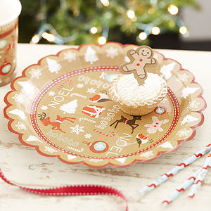 Vintage Style Christmas Party Paper Plates - picnicware