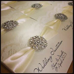Opulence 20 Pack Of Wedding Invitation