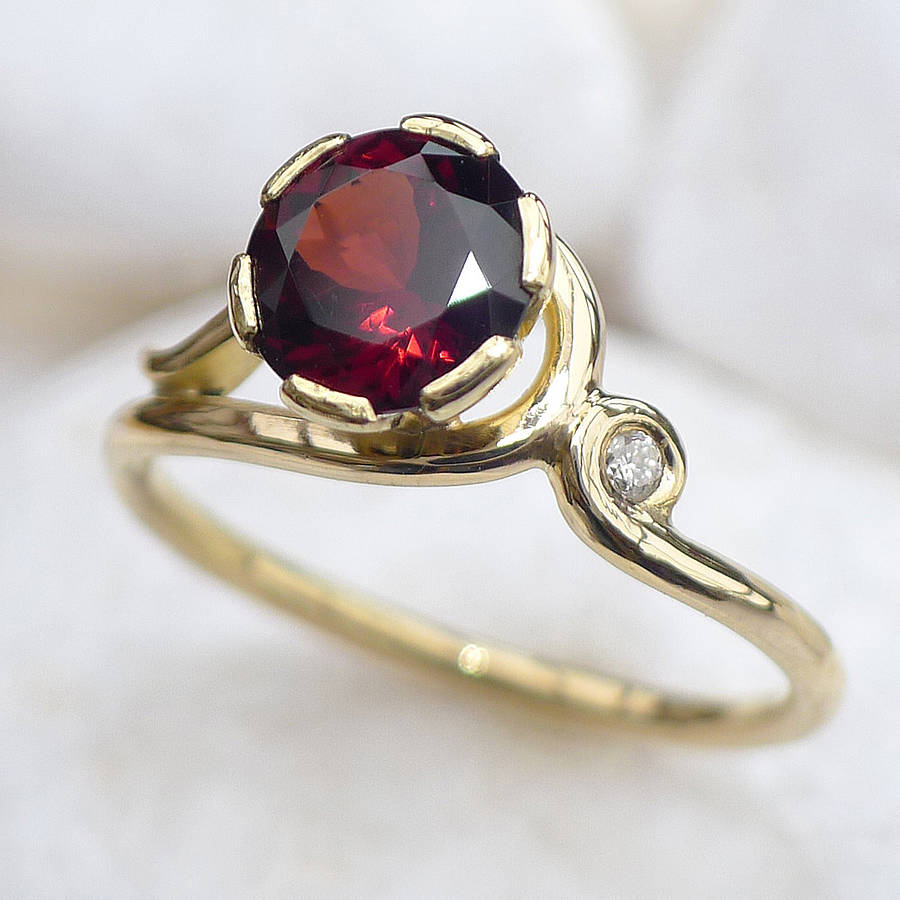 Lilia Nash Jewellery Garnet Ring In 18ct Gold With Diamond