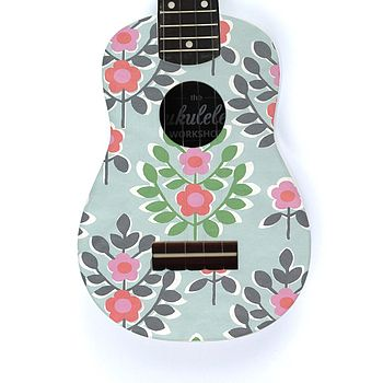 Mint Flower Ukulele