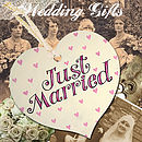 Hand Painted 'Just Married' Wooden Sign