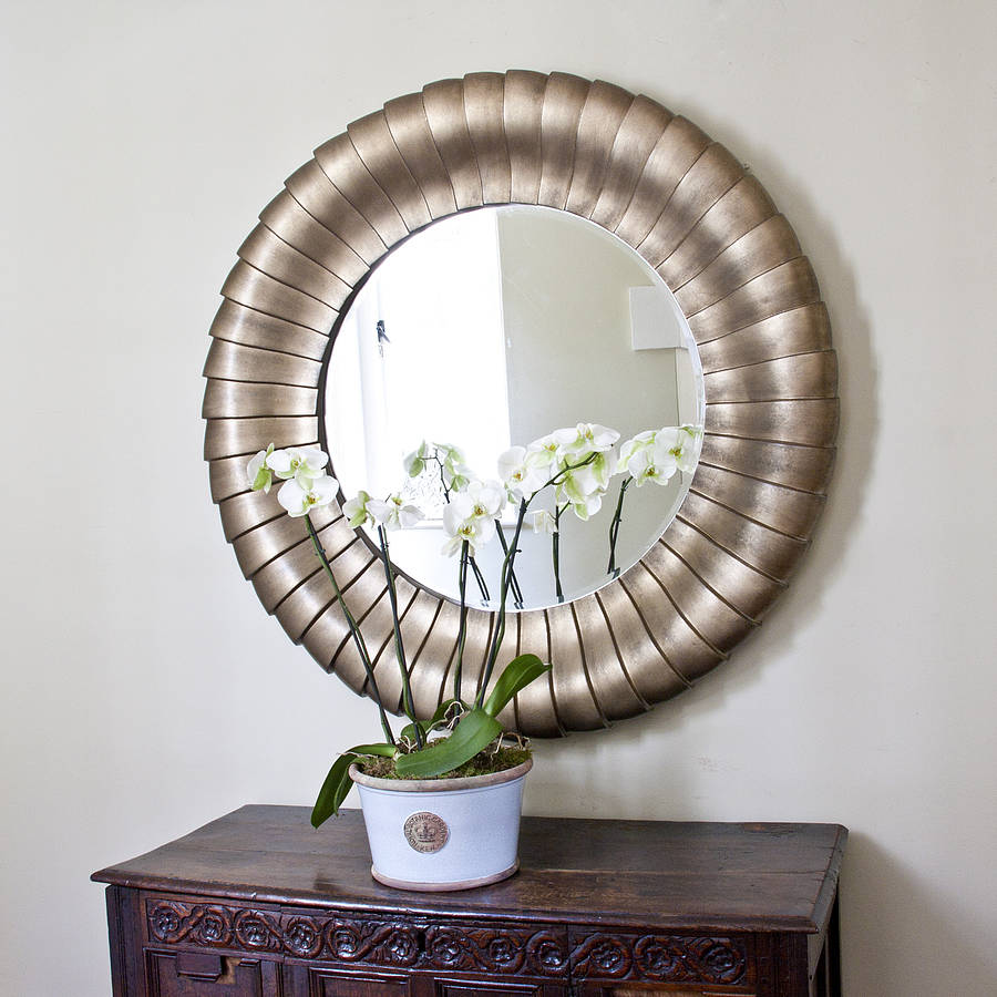 Antique bronze round mirror by decorative mirrors online for Miroirs decoratif