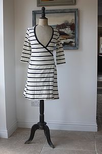 Ladies' Striped Wrap - women's fashion