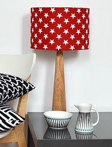 Handmade Red Stars Oak Table Lamp