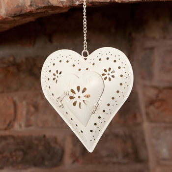 Shabby Chic Hanging Heart T-light Holder