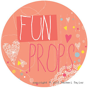 Fun Props Circle Sign - outdoor decorations