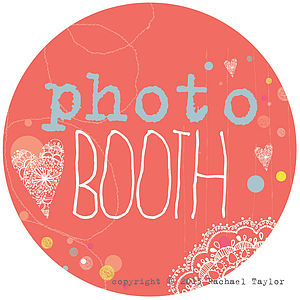 Photo Booth Coral Circle Sign - room signs
