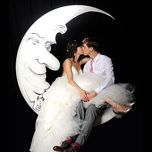 Man In The Moon Photo Booth - statement wedding decor