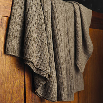 100% Cashmere Cable Knit Throw