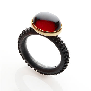 Oval Cabochon Garnet Ring