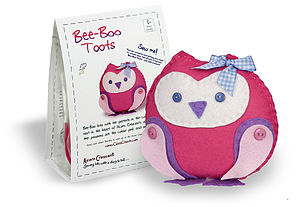 Bee Boo Toots Baby Owl Felt Sewing Kit - creative kits & experiences