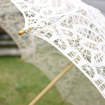 Vintage Ivory Lace Wedding Parasol