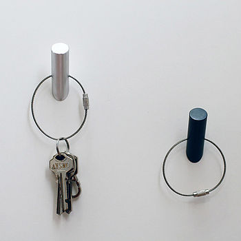 Metal Hook Magnet With Keychain