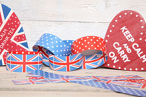 British Celebration Paper Chains And Hearts - children's parties