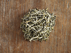 Yunnan Green Tea - teas, coffees & infusions