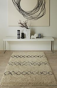Benni Wool Rug - bedroom