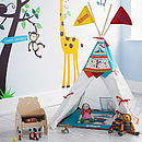 Thumb play teepee